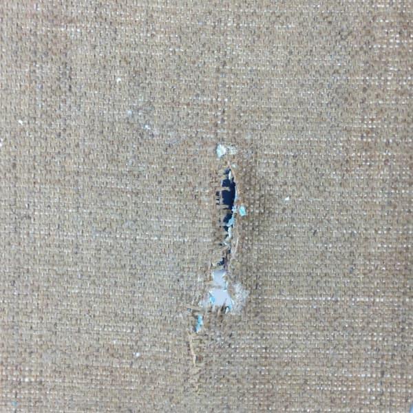 Ijff Restauratie - Werkzaamheden - beschasdiging van een doek